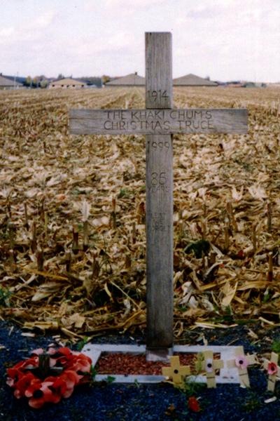 Крест-в-Ипре--установленный-в-честь-Рождественского-перемирия