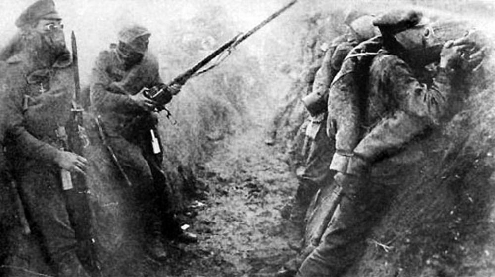 v-okopakh-vo-vremya-gazovoy-ataki