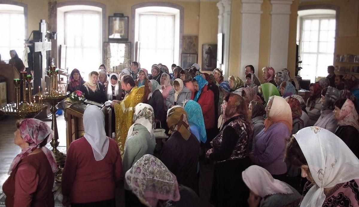 Молебен перед иконой «Неупиваемая Чаша»