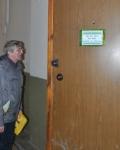 Дверь в обычную квартиру - вход в Преображенский монастырь