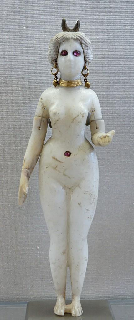 4.Вавилонская статуэтка Астарты из Луврского музея