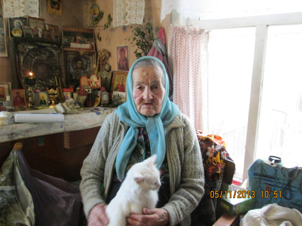 Александра Алексеевна Шалейко - старейшая прихожанка белозерского храма2