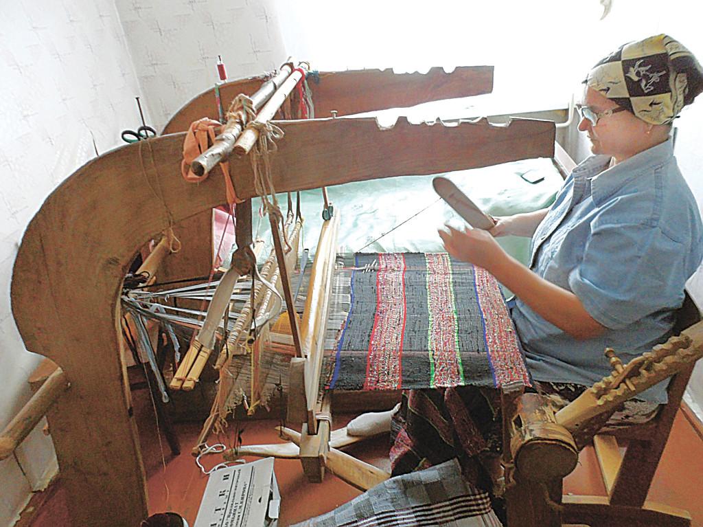вышивальщица 1