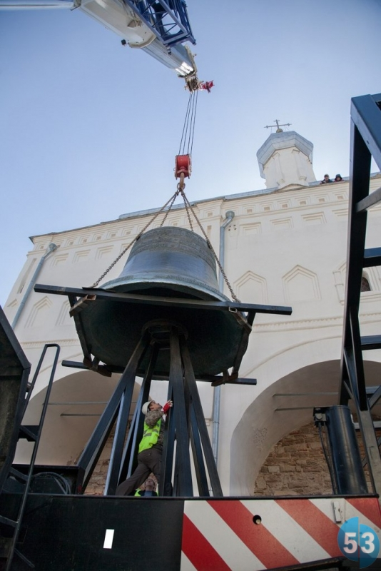установка колокола на конструкцию