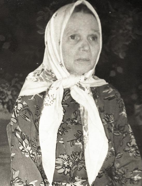 4. Зоя (фото 1989 г.)