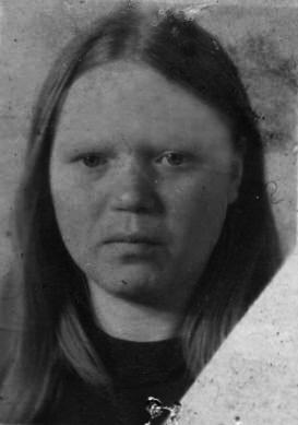 Зоя (фото в юности)
