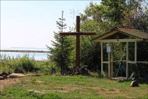 Поклонный крест где проходят Леушинские стояния