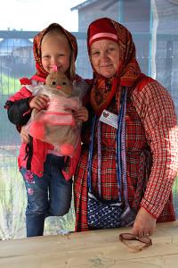 679_комсомолка-с-внучкой