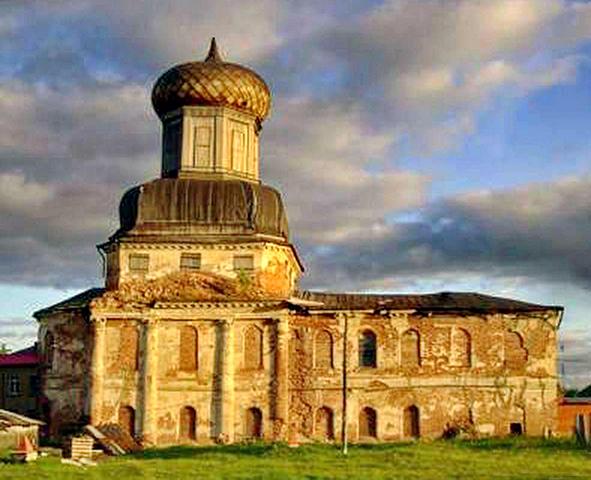 храм Преображения Господня в Ижме (современный вид)