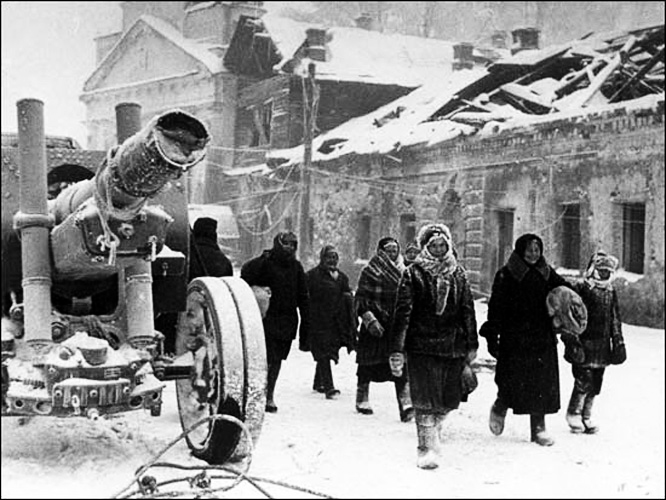 Жители-ТИхвина-возвращаются-в-город