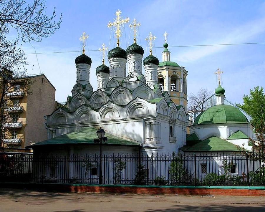 Успенский храм в Путинках