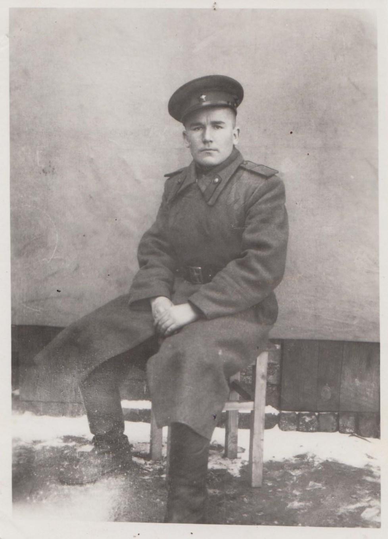 Иван Зебарев. Этот снимок сделан в Германии уже после войны, в 1947 году