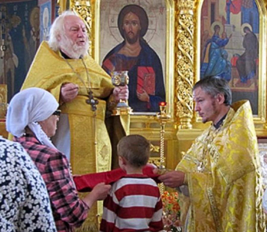 Священники: отец Владимир и сын, отец Виктор