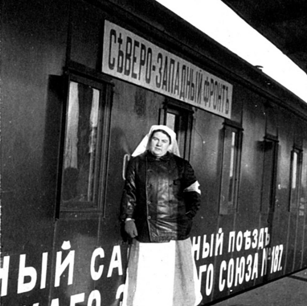 Александра Толстая на Северо-Западном фронте