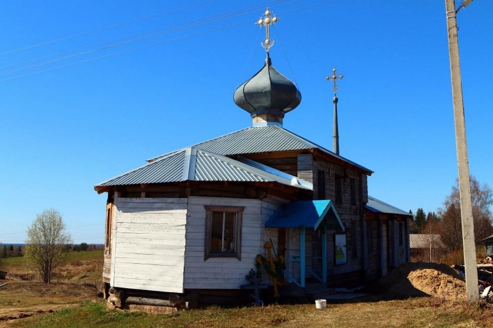 Сейчас в храме Покрова Божьей Матери в Арабаче вновь проходят богослужения. Фото Дениса и Виктории Фёдоровых